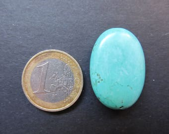Oval Turquoise of Peru 29x21x8mm button