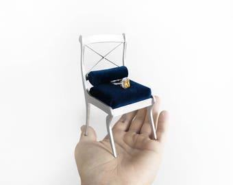 Engagement Chair 1/6th