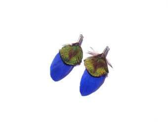 Peacock and dyed Goose: 1 pair of pendants feathers natural 43 mm tall approx