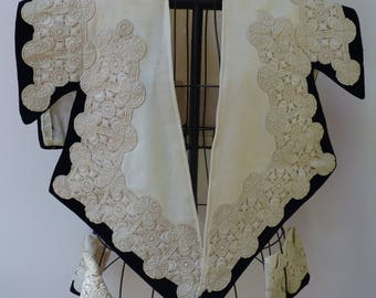 Magnificent Art Nouveau Period Ivory Cutwork Collar and Cuffs on Black Velvet with 'Drawn Thread Work' Guide