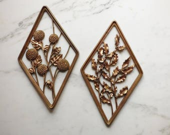 Vintage Syracuse Ornament Company Syroco Gold Wall Plaques
