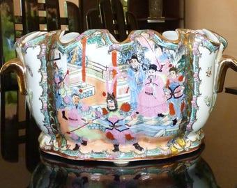 Vintage Chinese Porcelain Oval Fish Bowl Foot Bath Planter Famille Rose Medallion Jardiniere Cache Pot