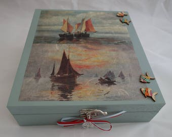 9 section Jewellery Box / Storage Box, to store those treasured and precious items - with removable insert