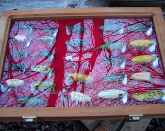 vintage fishing lure collection Arbogast jitter bug lure collection 26 lures