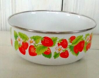 Kobe Kitchen Strawberry Porcelain Enamel Bowl/Saucepan/Good Condition/Japanese/Nesting Bowl/Silver Rim/Original Tag/lindafrenchgallery