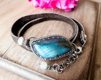 Sterling Silver Leather Wrap Bracelet, Labradorite Bracelet, Rustic Bracelet, Everyday Bracelet, Silver and Leather, Stone Leather Bracelet