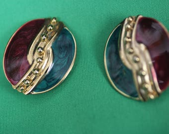 Retro Green & Red Clip on Earrings