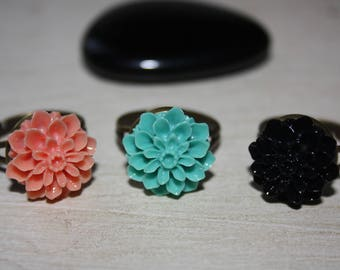 Set of 3 flower rings bronze
