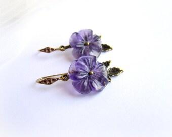 Amethyst flower earrings, purple flower earrings, gemstone floral earrings, purple stone bronze earrings, amethyst dangle earrings