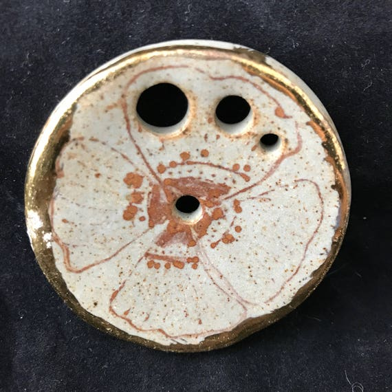 One ceramic diz