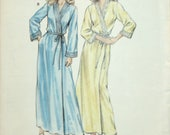 Misses Bathrobe Sewing Pattern - Misses Robe Sewing Pattern - Misses Wrap Robe Sewing Pattern - Kwik Sew 1385 - Size XS - S - M - L