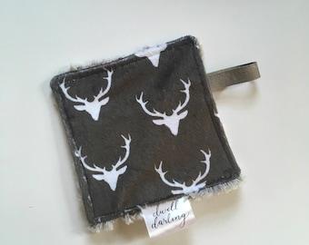 Deer elk crinkle paper, sensory toy baby paper, boy nursery, baby gift, baby toy, baby shower gift, elk deer woodland nursery, baby blanket