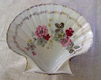 Fine bone china shell shaped floral soap dish  trinket dish Bavaria