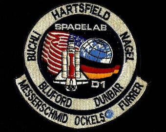 NASA SPACE SHUTTLE SPACESHIP Crew badge patch
