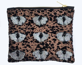 SPARKLY CLUTCH PURSE. Bronze and black patterned fabric with textural detail. Glittery evening bag. Micro clutch, zip purse.