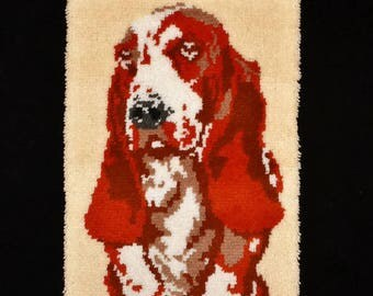 Vintage '70s Hush Puppies Bassett Hound Dog Completed Latch Hook Rug Wall Hanging 1978 Kit by Caron Large 20 x 31 With Hanger