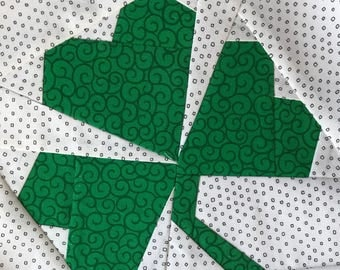 Clover Leaf Paper Pieced Block Pattern in PDF