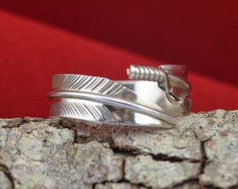 Navajo handmade sterling silver adjustable feather wrap ring