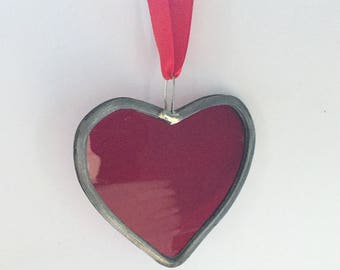 Traditional leaded stained glass heart