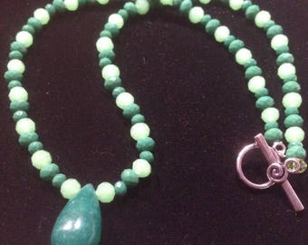 Handcrafted Jade Tear Drop Pendant  Glass Bead Choker Necklace
