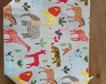 Wild animals knitting projectbag. Animal bag