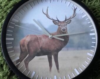 clock wall pattern deer in forest