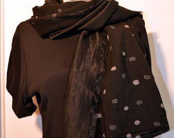 black scarf with dots grey