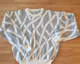 Vintage abstract sweater // mens M