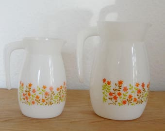 2 pitchers floral SHELL