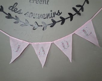 Garland flags with name in pink tones