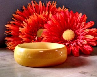 Vintage Bakelite Bangle Bracelet / Chunky Bangle Bracelet / Mustard Yellow Bangle / Tested