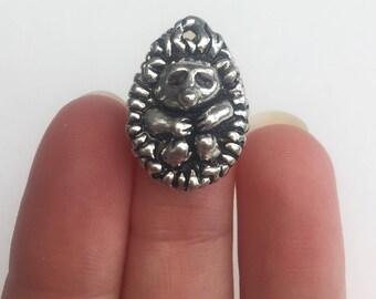 4 Hedgehog Charms Antique Silver - SC5455