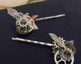 Steampunk hair grips, cogs, gears feathers and leaves on Silver bobby pins. Victorian  clips, Alternative wedding, prom or just for fun