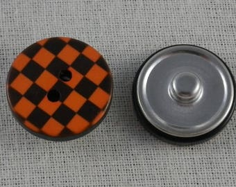 Snap button orange and black checkered