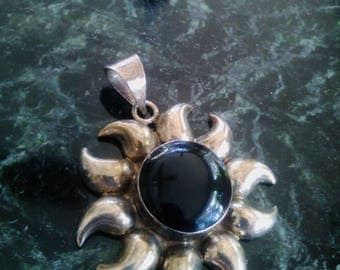Mid Century Mexico Sterling Silver Large Onyx Cabochon Sunburst Necklace Pendant