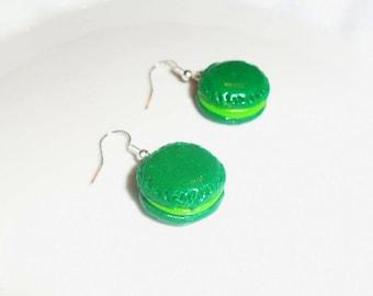 Glitter - pistachio green macaroons earrings