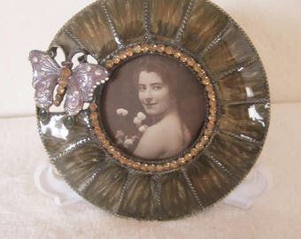 Bombay Vintage Round Marbleized Photo Frame- adorned lavender butterfly. Center section surrounded by yellow/amber Swarovski crystals. Gift!