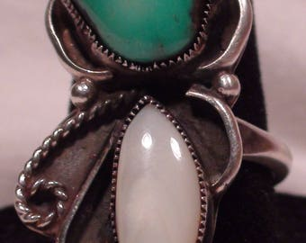 Native American Navajo Sterling Silver Turquoise Mother Of Pearl Ring Size 7 1/2