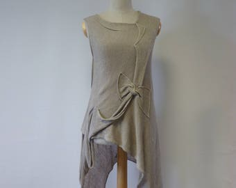 The hot price. Summer asymmetrical taupe linen top, M size. Made of pure linen.