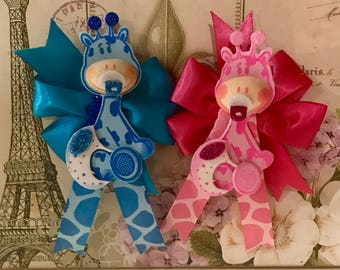 Baby shower guest pins,giraffe baby shower corsages,safari giraffe baby shower,girafas,recuerdos,baby shower corsages,capias,pink,blue