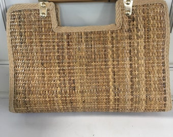 Vintage clutch bag, straw handbag , the perfect summer bag, bohemian chic handbag