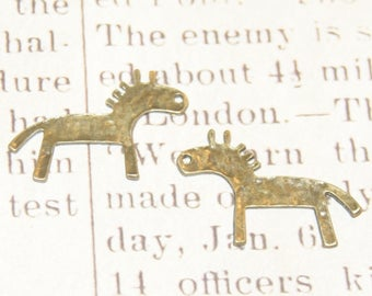 2 bronze 25x18mm rock horse charms