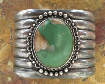 Stunning vintage 1930's, Native American sterling silver turquoise cuff bracelet