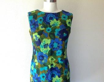 1960s Floral linen shift dress