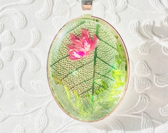 Real preserved flower necklace with real preserved ferns and skeleton leaves, romantic