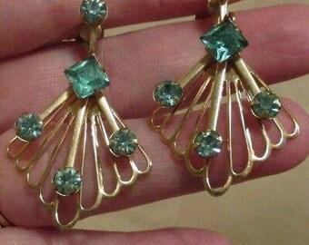 Vintage fan Earrings Faux Blue Topaz Screw Back Open Work Dangle Gold Tone sparkly formal prom fashion Jewellery blue earrings filigree
