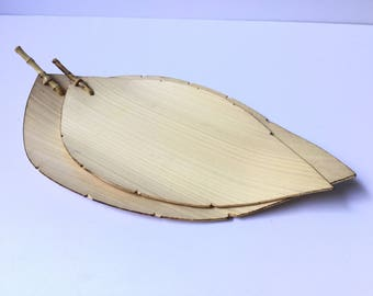 2 BAMBOO LEAF DISHES Vintage Set of 2 Leaf Shaped Dishes Made of Bamboo