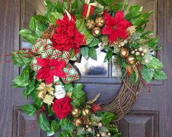 Red and Gold Front Door Wreath | Christmas Wreath | Grapevine Wreath | Christmas Decorations | Door Wreaths | Wreaths on Etsy | Etsy Wreaths
