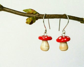 Earrings mini mushroom glass spun