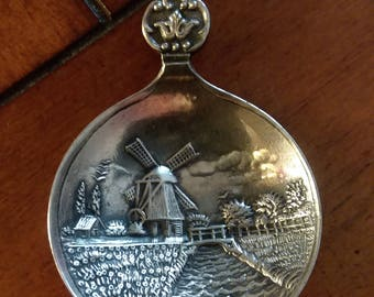 Holland Dutch Windmill Souvenir Spoon